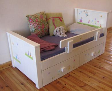 מיטה מעוצבת לחדר ילדים. מיטה לילדים. 3