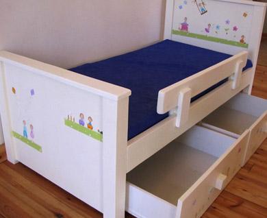 מיטה מעוצבת לחדר ילדים. מיטה לילדים. 1