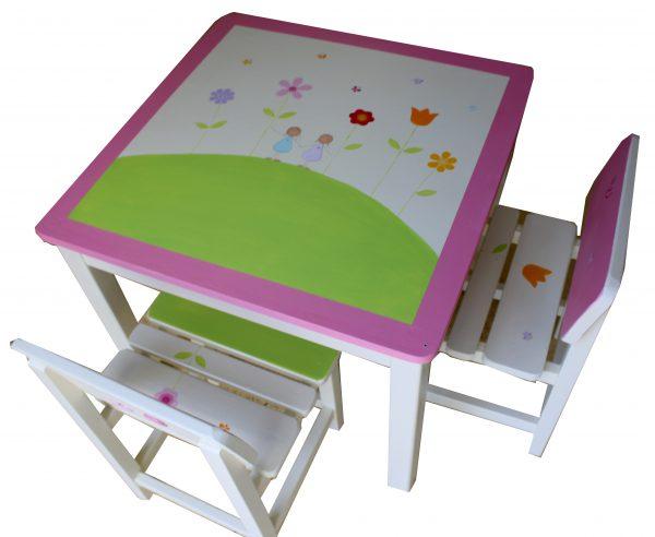 שולחן וכסאות לחדר ילדות - פרחים צבעוניים 1