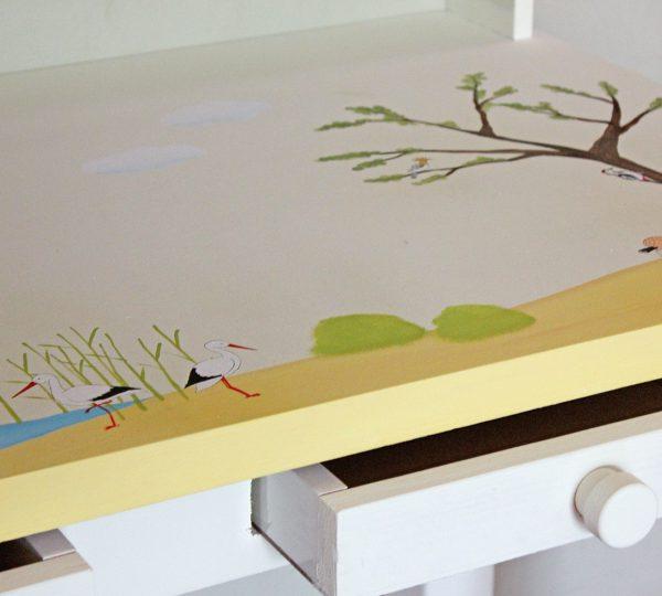 שולחן כתיבה מעוצב לילדים בתוספת מדף אחורי 3