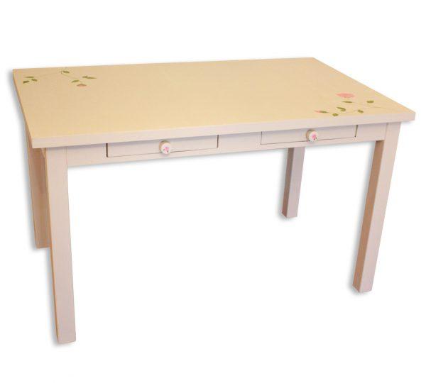 שולחן כתיבה מעוצב לחדר ילדות 1