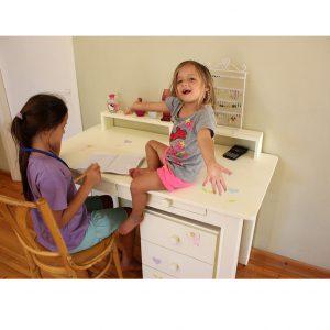 שולחן כתיבה מעוצב לילדות + יחידת מגירות מעוצבת 7