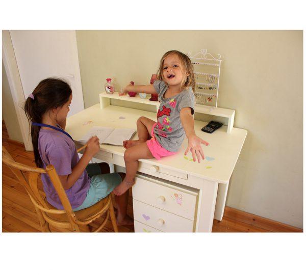 שולחן כתיבה מעוצב לילדות + יחידת מגירות מעוצבת 3