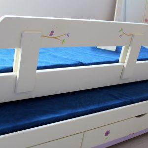 מיטה לחדר ילדים מעץ מלא בעיצוב מקורי 7