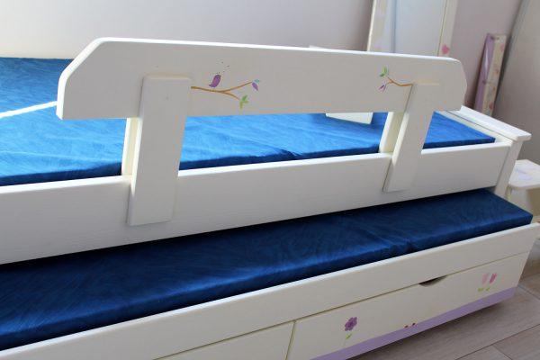 מיטה לחדר ילדים מעץ מלא בעיצוב מקורי 4