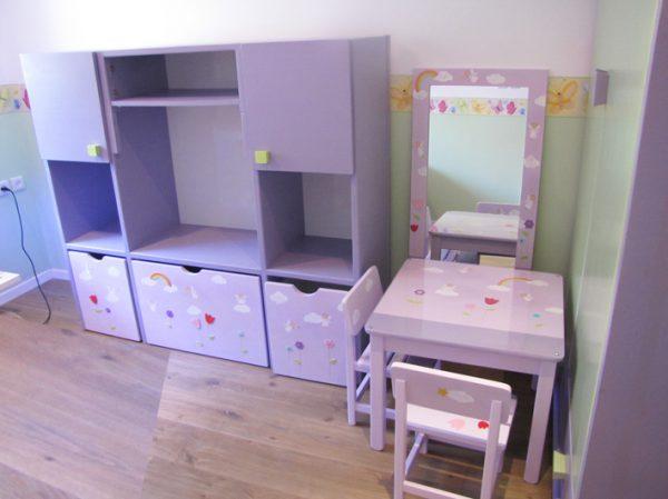 חדר ילדות - עיצוב סגול -פיות