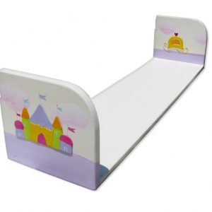 מדף לחדר ילדות בעיצוב ארמון וכרכרה