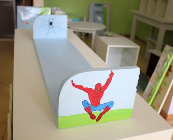 מדף לחדר ילדים – גיבורי העל – ספיידרמן