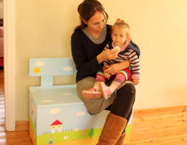 ספסל אחסון לחדר ילדים