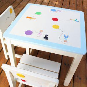 שולחן וכסאות לחדר ילדים - מעשה בחמישה בלונים