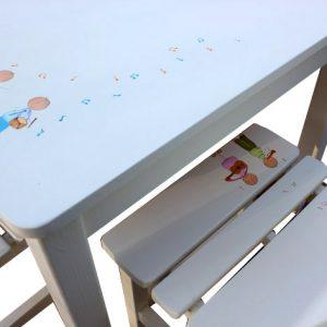 שולחן וכסאות לילדים - ילדים מוסיקליים