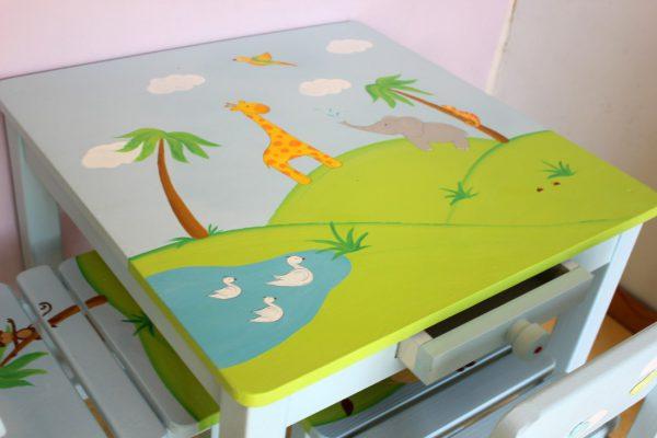 שולחן וכסאות לחדר ילדים - חיות הג'ונגל