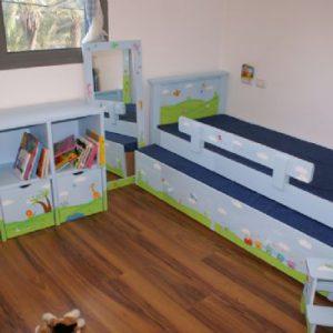 חדר ילדים בגווני תכלת וירקרק