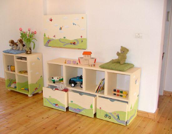 חדר ילדים בסגנון מכוניות מרוץ