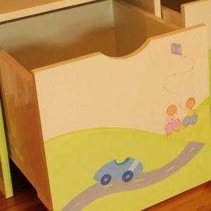כוורת מעוצבת לחדר ילדים. דגם: איתמר
