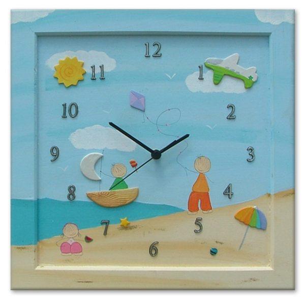 שעון קיר מעוצב - ילדים בחוף הים