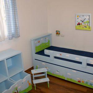 שעון לחדר ילדים - ילדים במושב