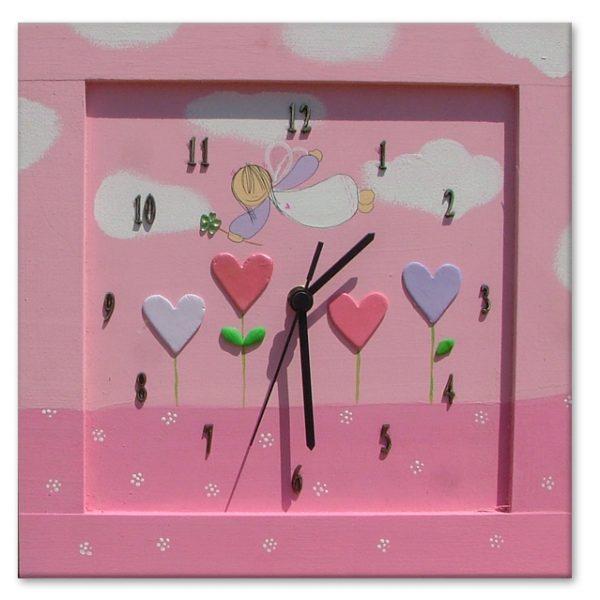 שעון לחדר ילדות - פיה ולבבות