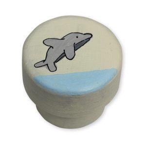 ידית מעוצבת - דולפין בין גלי הים