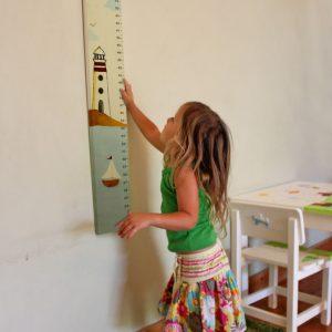 מד גובה לילדים – סירה ומגדלור