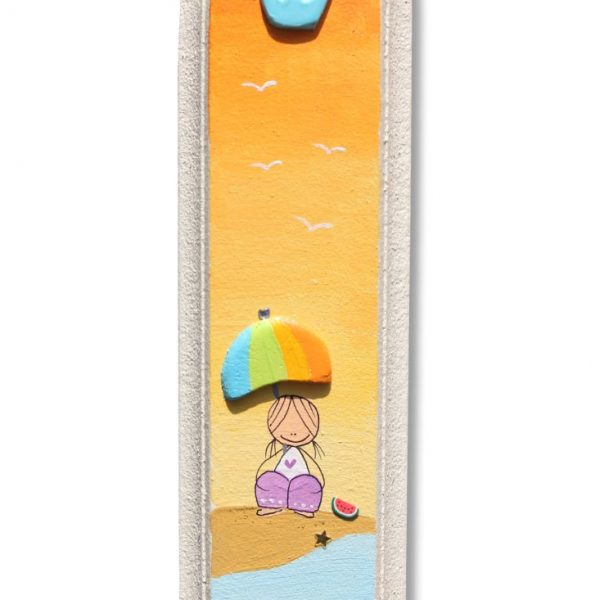 מזוזה לחדר ילדים - ילדה בשקיעה בחוף הים