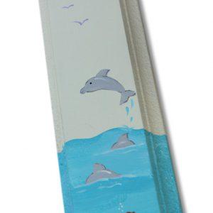 מזוזה מעוצבת - דולפין בגלי הים