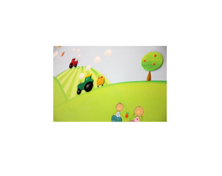 תמונה לחדר ילדים – טרקטורים בעמק