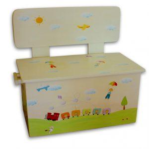 ספסל מעוצב לחדר ילדים – רכבת צבעונית
