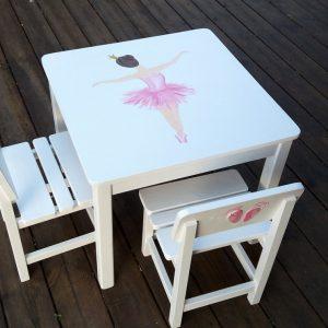שולחן וכסאות לילדים - בלרינה רוקדת