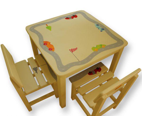 שולחן וכסאות לילדים - מכוניות מרוץ במסלול