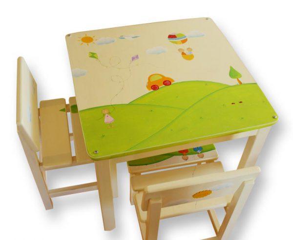 שולחן וכסאות לחדר ילדים - אוטו וכדור פורח