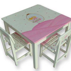 שולחן וכסאות מעוצבים לילדים - הפיה לילי