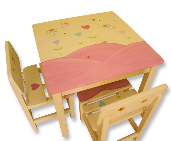 שולחן וכסאות לחדר ילדים - פיות ולבבות