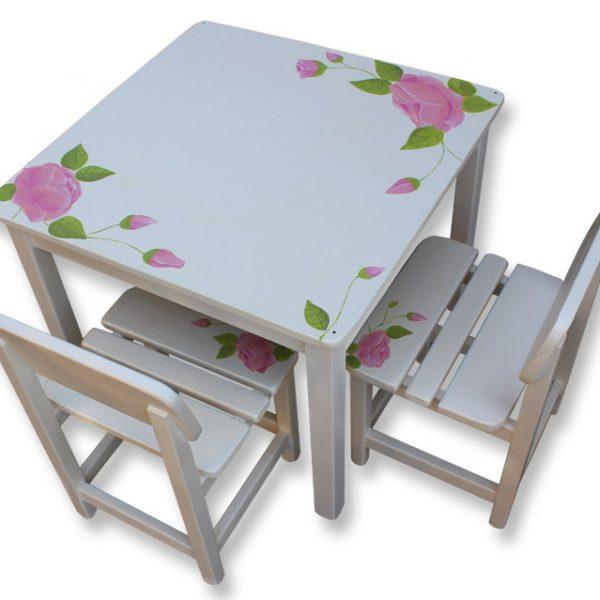 שולחן וכסאות לילדים - לורה אשלי
