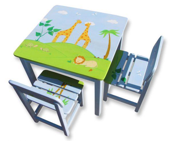 שולחן וכסאות מעוצבים לילדים - ג'ירפות ואריה