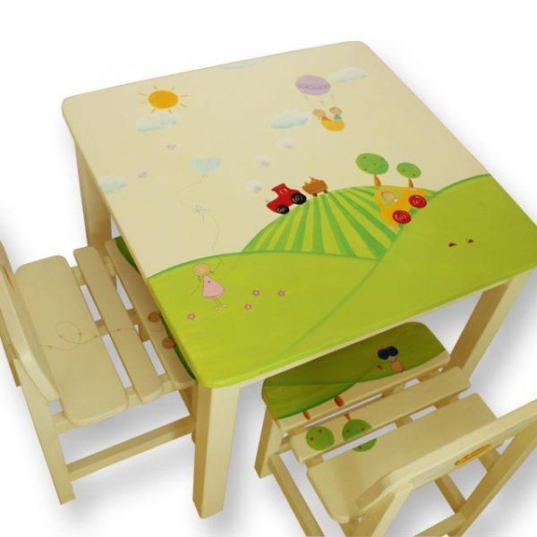 שולחן וכסאות מעוצבים לילדים - מכונית וטרקטור בעמק