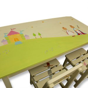 שולחן וכסאות מעוצבים לילדים - נסיכה, נסיך וארמון