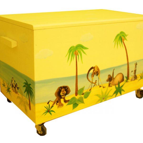 ארגז צעצועים בעיצוב חיות מאדגסקאר