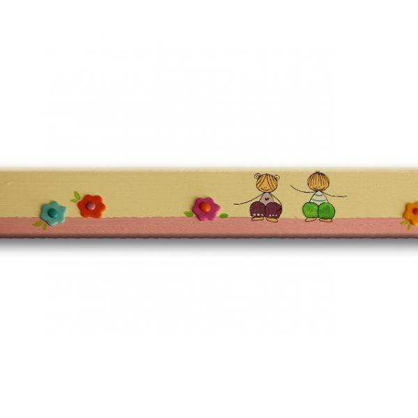 ידית מלבנית מעץ בעיצוב ילדות ופרחים