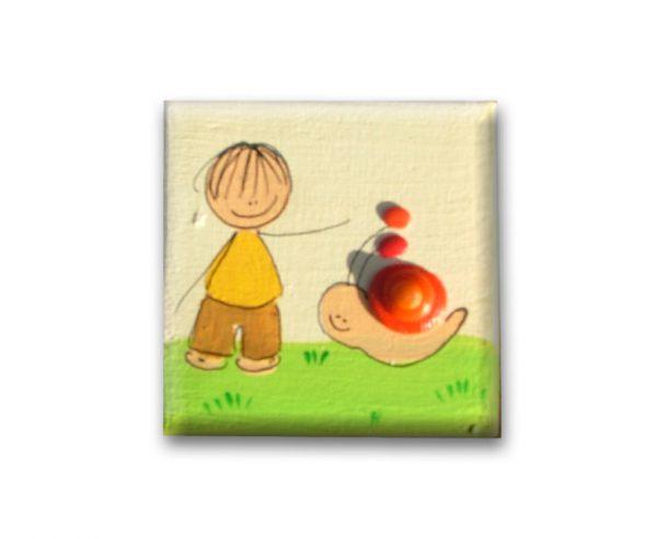 ידית לשידה – ילד עם שבלול