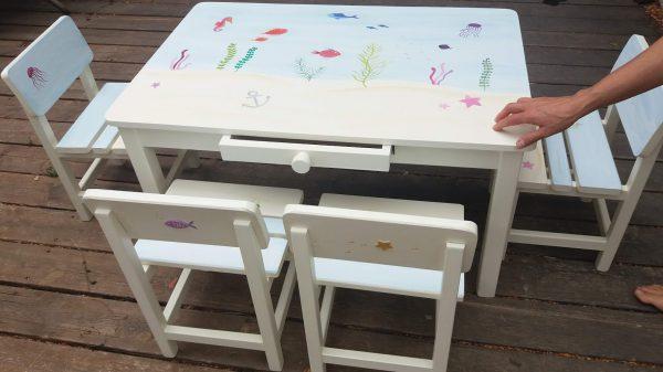 שולחן וכסאות מעוצבים לילדים - עולם המים הקסום 1