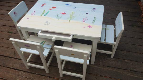 שולחן וכסאות מעוצבים לילדים - עולם המים הקסום 2