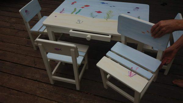שולחן וכסאות מעוצבים לילדים - עולם המים הקסום 4