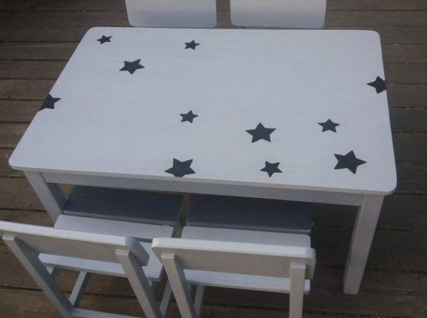 שולחן וכסאות לגן ילדים. דגם: כוכבים קסומים 3