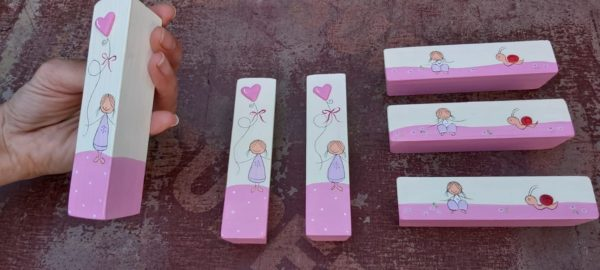 ידיות לארון ילדות. דגם: ילדות מתוקות 3