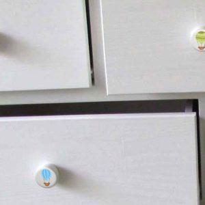 ידיות מעץ לחדר תינוקות. דגם: כדור פורח צבעוני 8