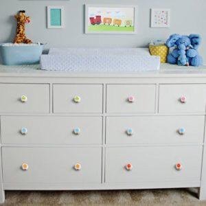ידיות מעץ לחדר תינוקות. דגם: כדור פורח צבעוני 9
