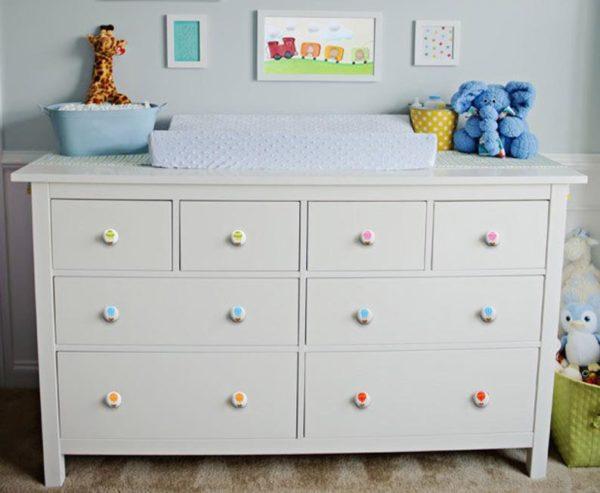 ידיות מעץ לחדר תינוקות. דגם: כדור פורח צבעוני 5