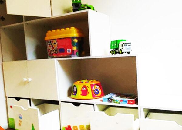 כוורת מעץ מלא למשחקים בחדר ילדים. דגם: דור. 2